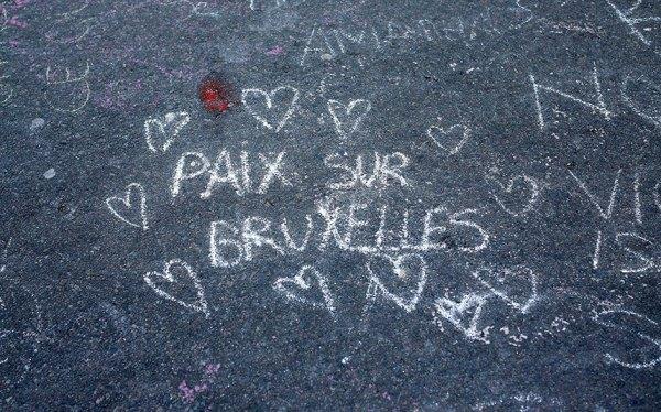 Brussels_tributes_3599267k